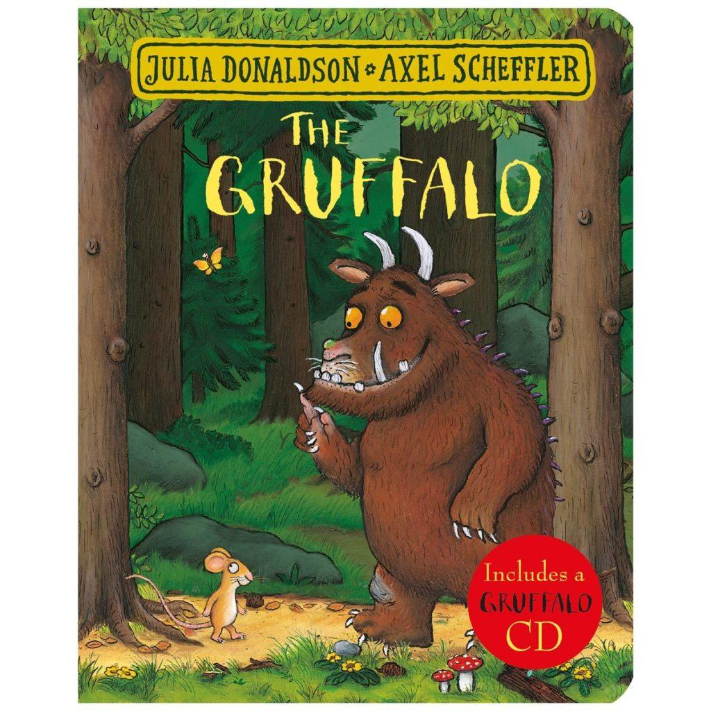 作者善于撰写文字押韵的故事,其中以The Gruffalo闻名世界,但其实她的其他作品也很精彩,比如《Room on the Broom》,适合与3岁以上孩子共读。